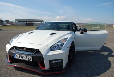 Nissan GT-R NISMO The speechless test drive